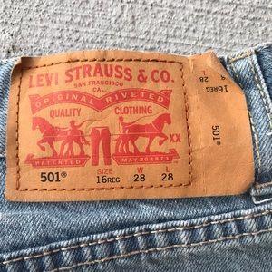Levi's Bottoms - Levi's 501 Jeans